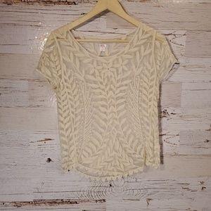 Xhilaration short sleeve lace top